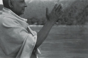Jóga-Szigetek - Sivánanda mester