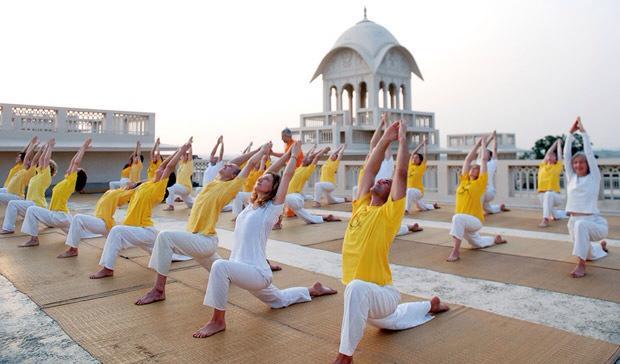 300 órás haladó jógaoktatói tanfolyam
