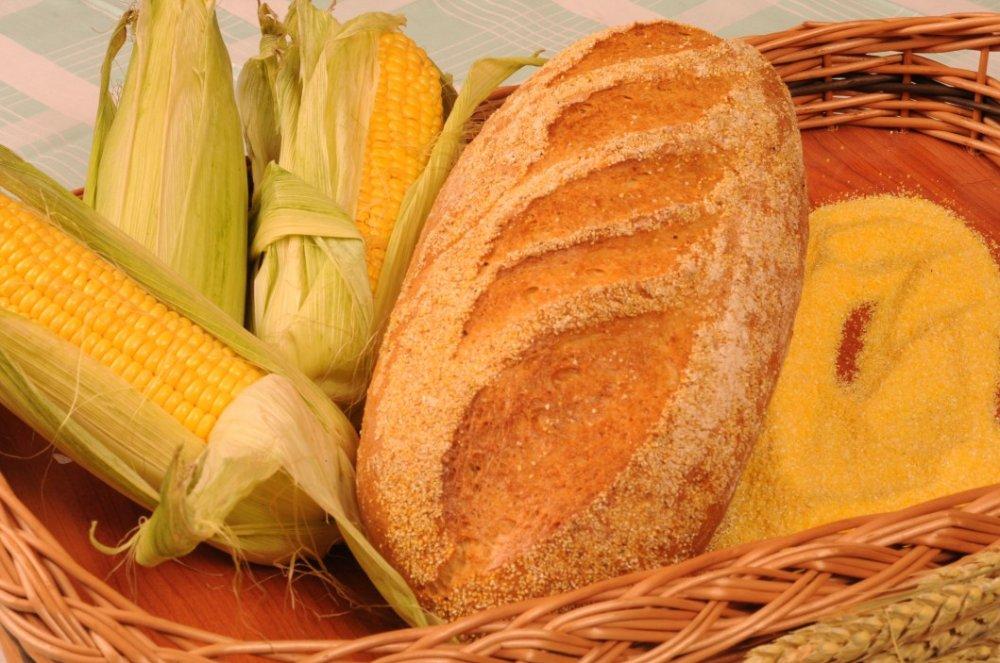 Kukoricás kenyér